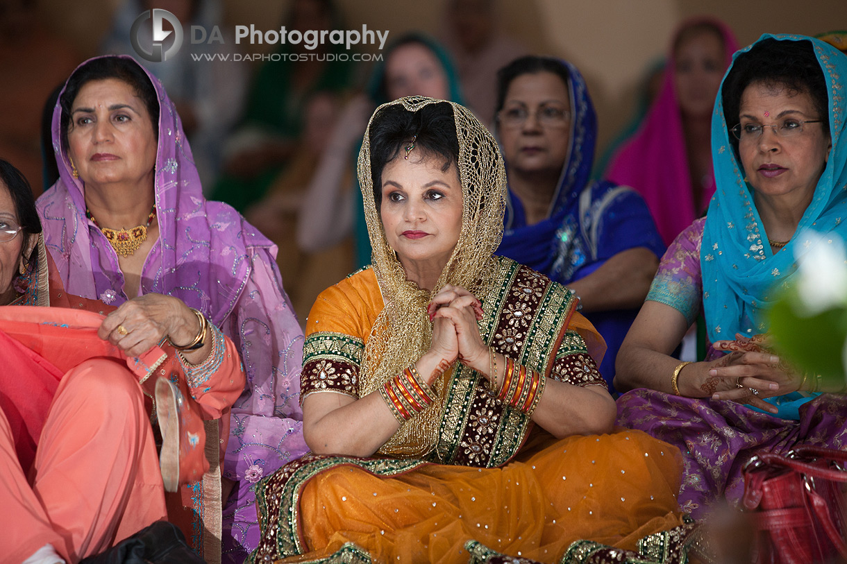 Wedding Photographer From Montral To Toronto New York With Sikh Gurdwara Ceremony Grooms Mother