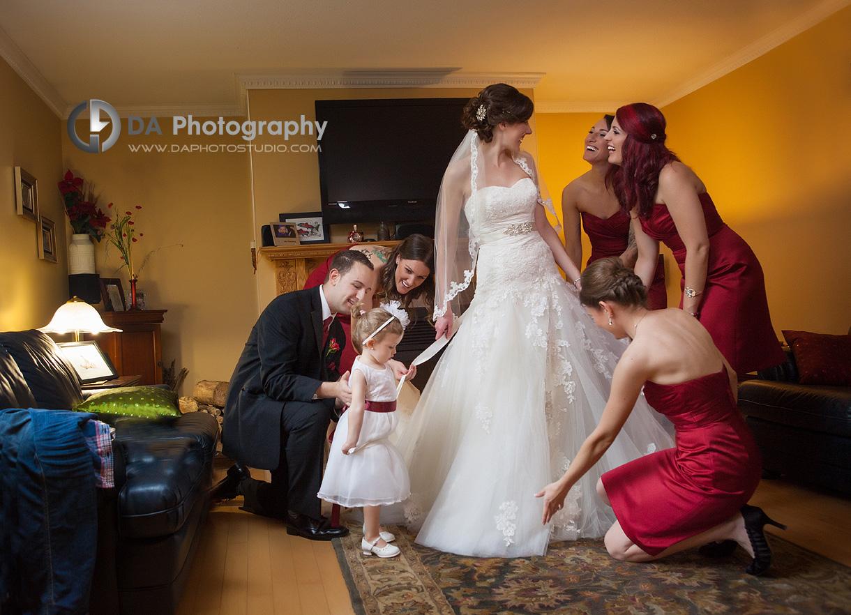 Bride and her Bridesmaids - DA Photography - Wedding Photographer