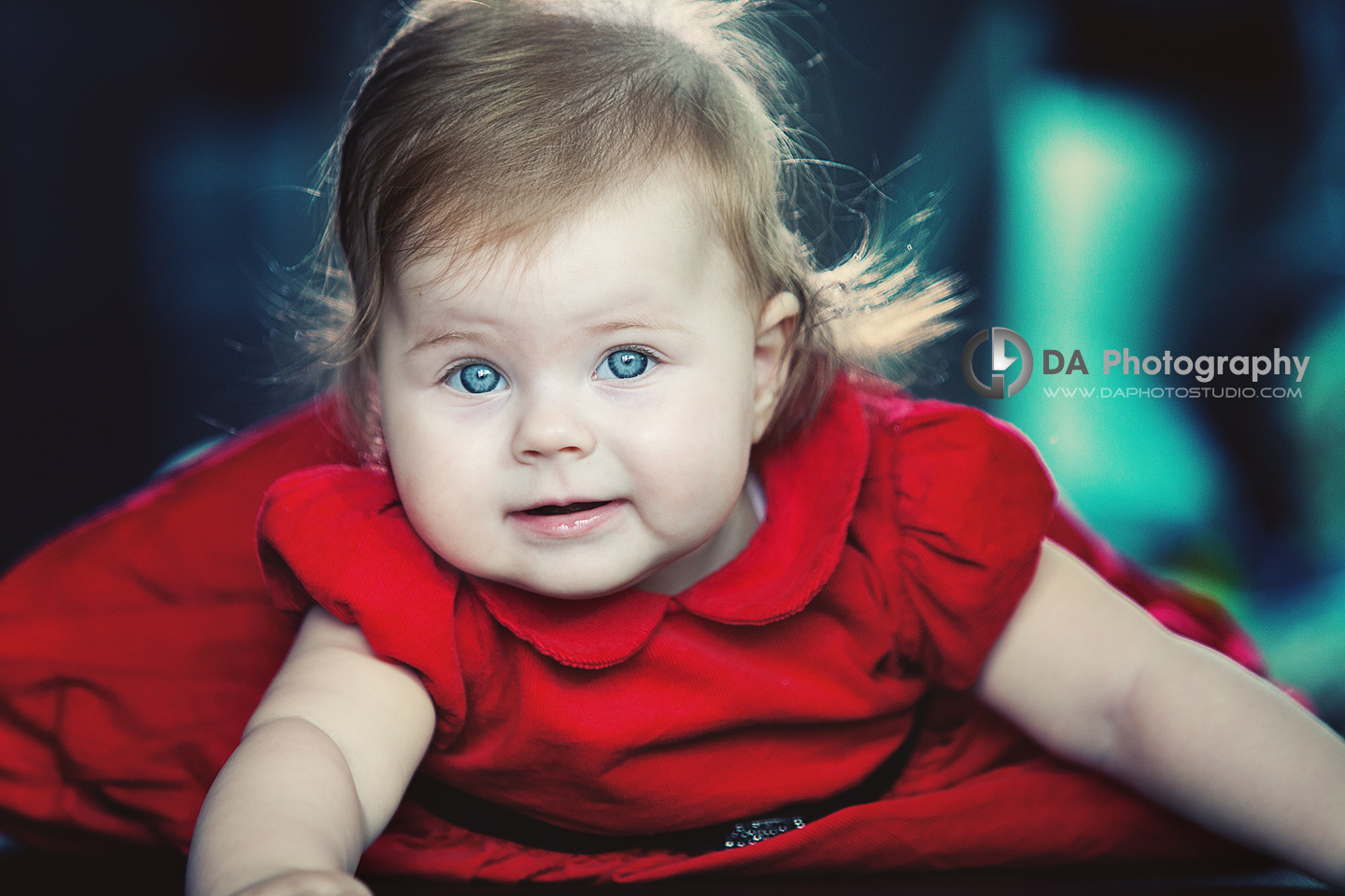 Baby blue eyes - Children Photographer