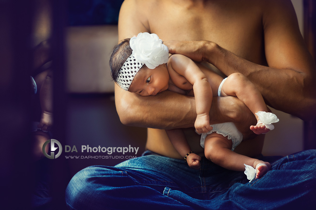 Hanging Out with Daddy - Family Photographer