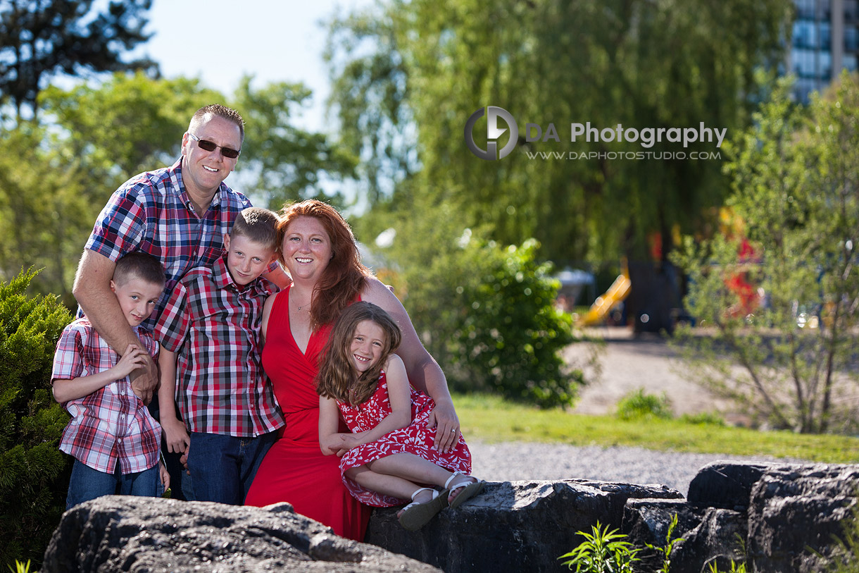 Blended Family of Five Portrait - Family Photography by Dragi Andovski - Barrie, ON