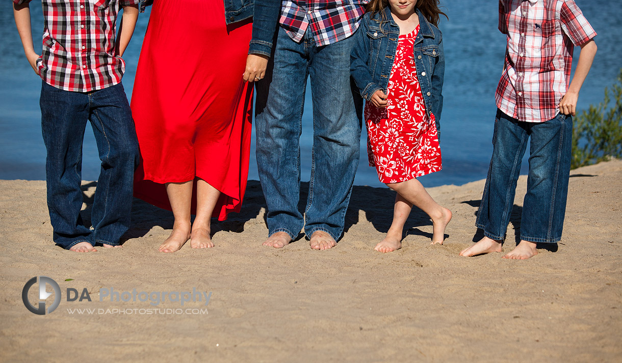 Unique Waterfront Family Photo - Family Photography by Dragi Andovski - Barrie, ON