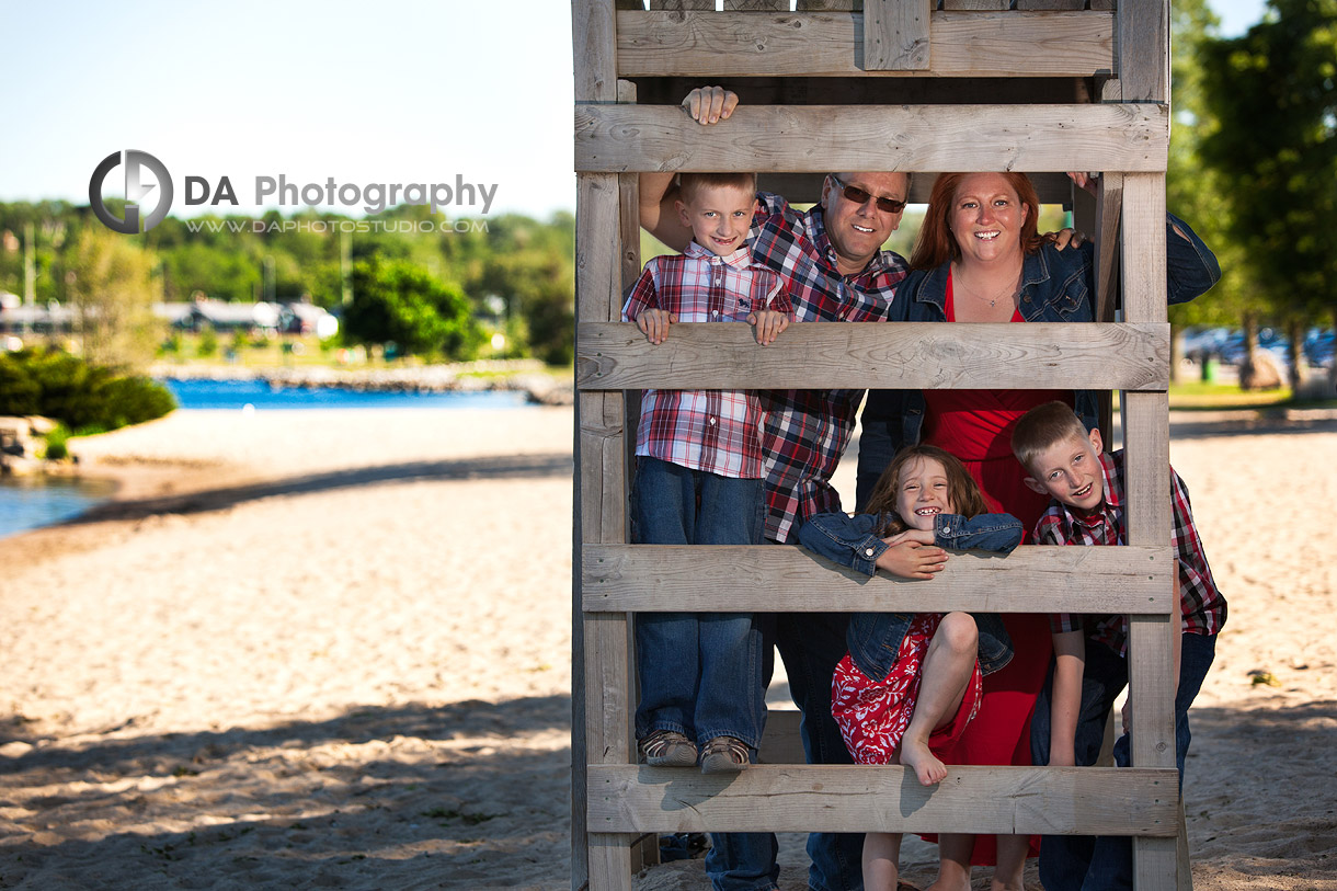Unique Family Waterfront Portrait with Available Props - Family Photography by Dragi Andovski - Barrie, ON