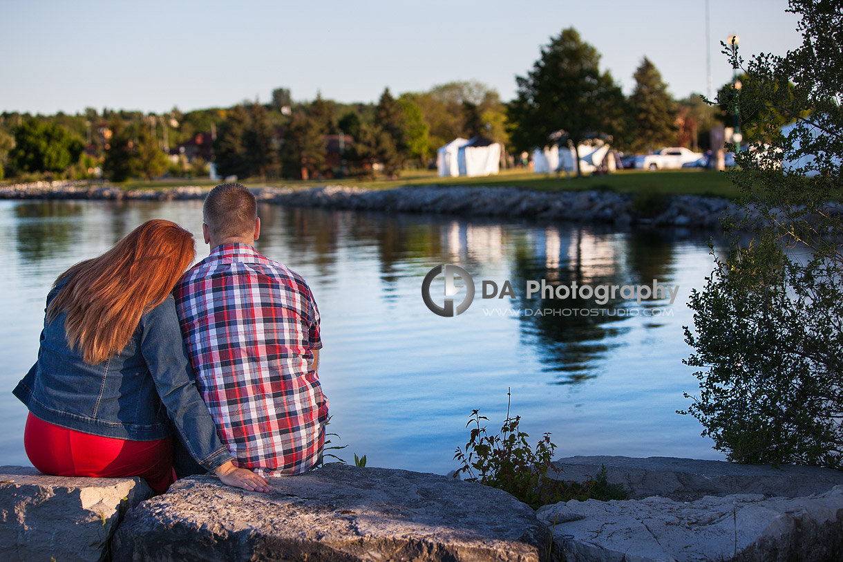 Relaxed Couple Enjoying the Waterfront in Barrie - Family Photography by Dragi Andovski - Barrie, ON