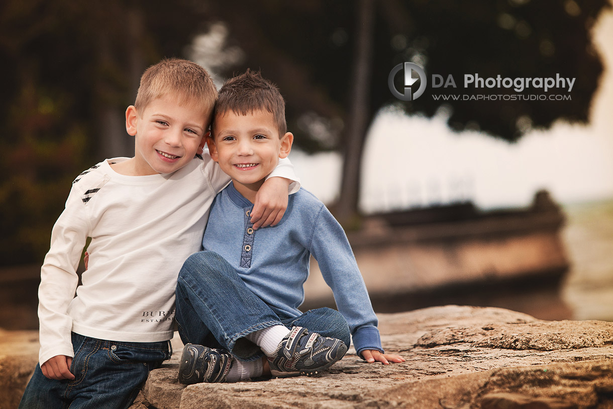 Two Brothers - Fall Family Photos by DA Photography - Gairloch Gardens, Oakville - www.daphotostudio.com