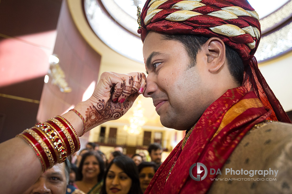 Welcoming the Groom on Hindu Indian Wedding Ceremony at Grand Empire Banquet Hall in Brampton