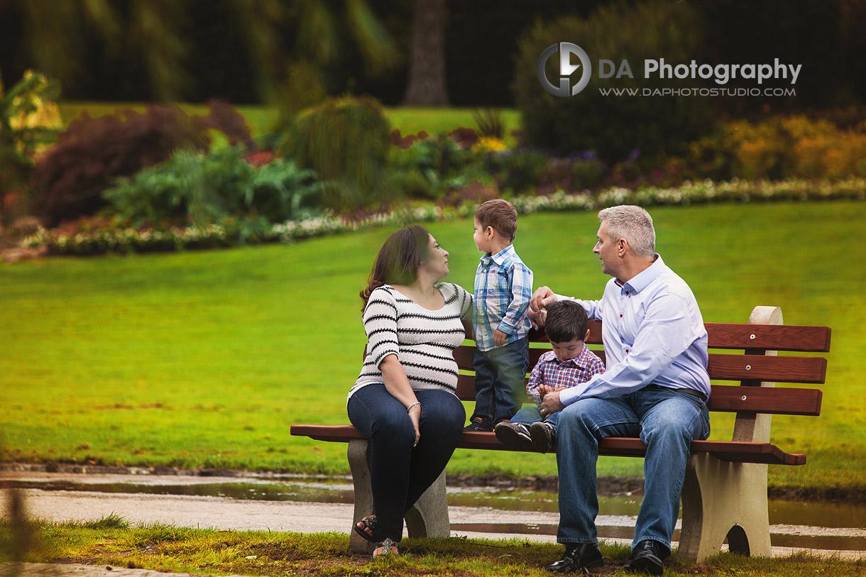 Outdoor Family Portrait in Oakville in Fall