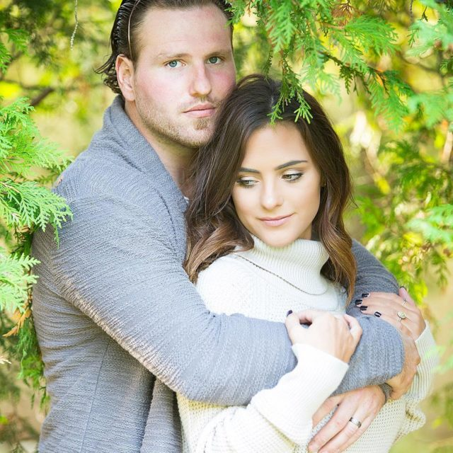 When blue eyes boy meet green eyed girl! daphotostudio