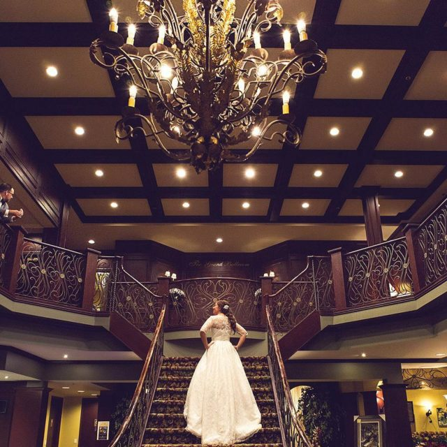 The grand staircase! daphotostudio