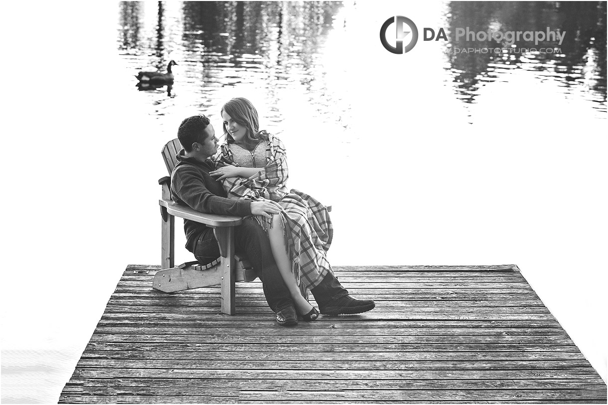 Fall Engagement Photo by the lake in Gravenhurst